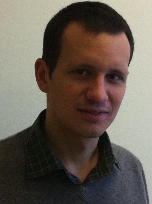 Dimitris Giannakis